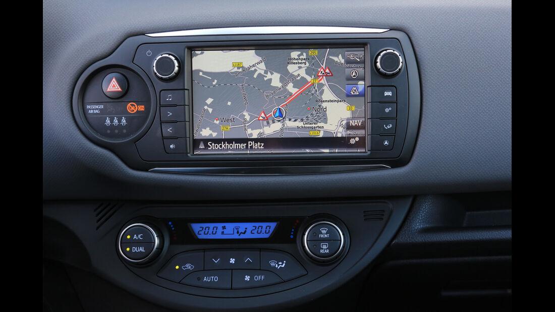 Toyota Yaris 1.5 Hybrid Comfort, Navi