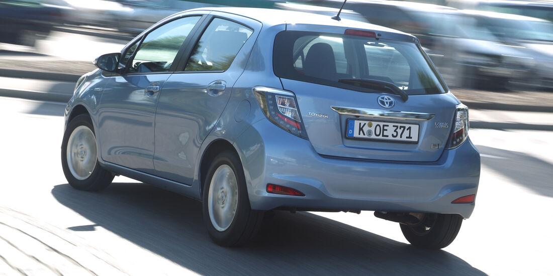 Toyota Yaris 1.5 VVT-i Hybrid Life, Heckansicht