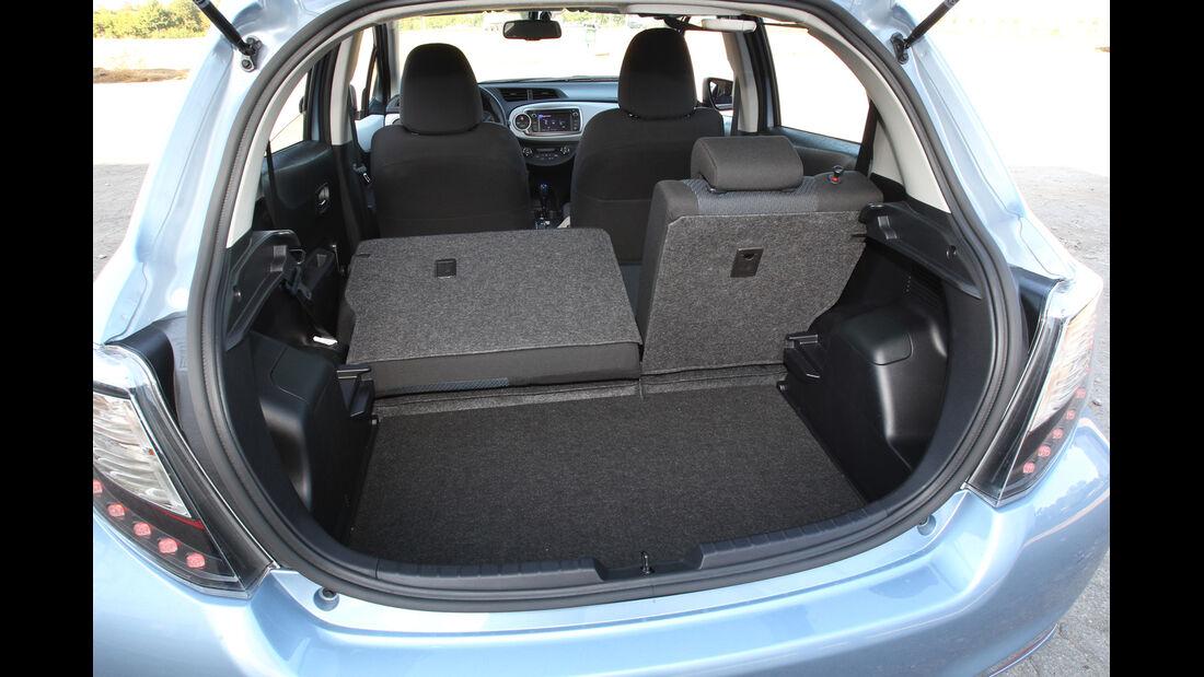 Toyota Yaris 1.5 VVT-i Hybrid Life, Rücksitz, umklappen