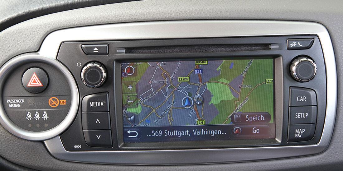Toyota Yaris, Cockpit