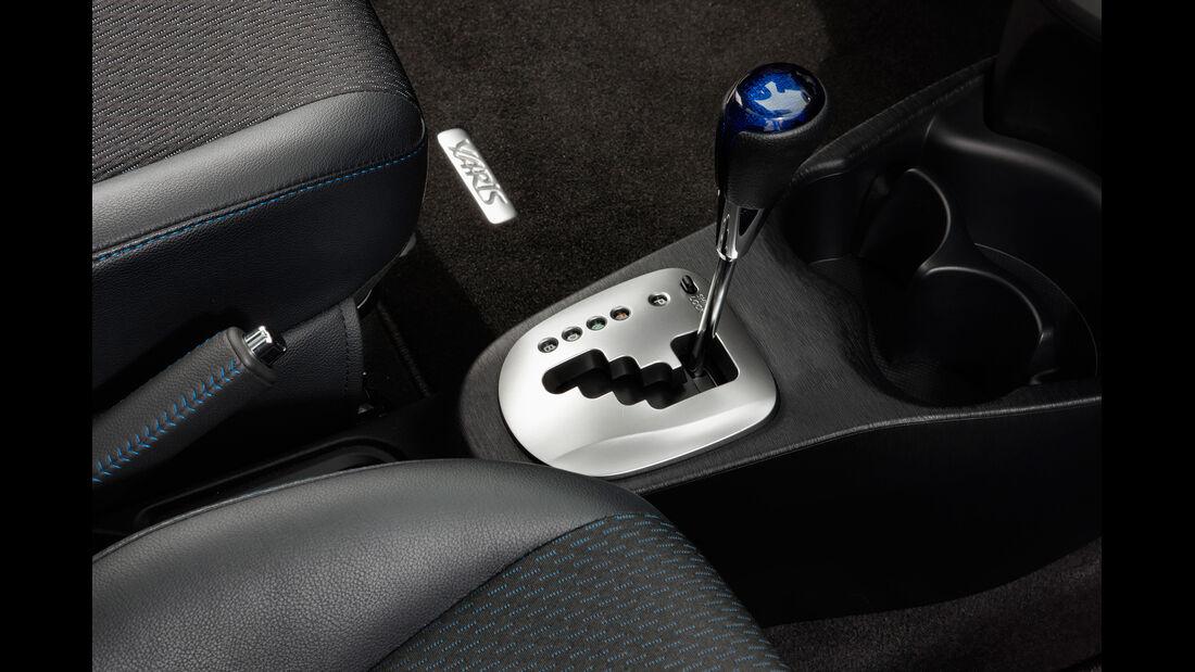 Toyota Yaris Hybrid, Schalthebel, Schaltknauf