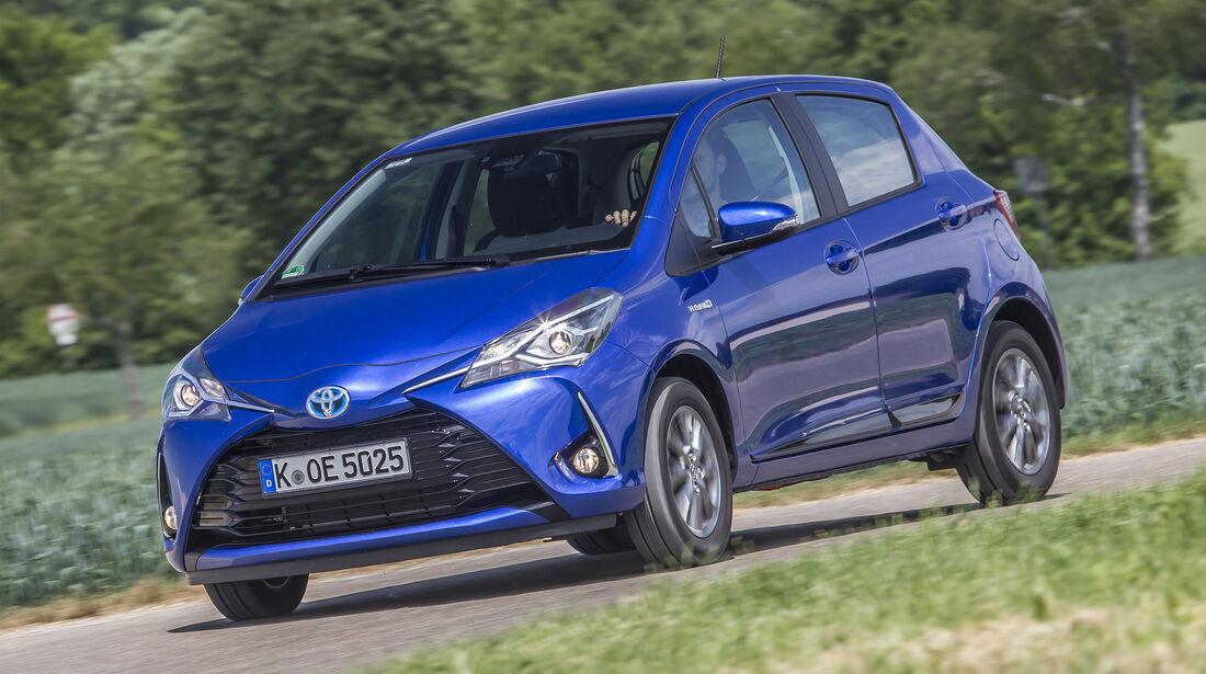 Toyota Yaris Hybrid (XP13), Front