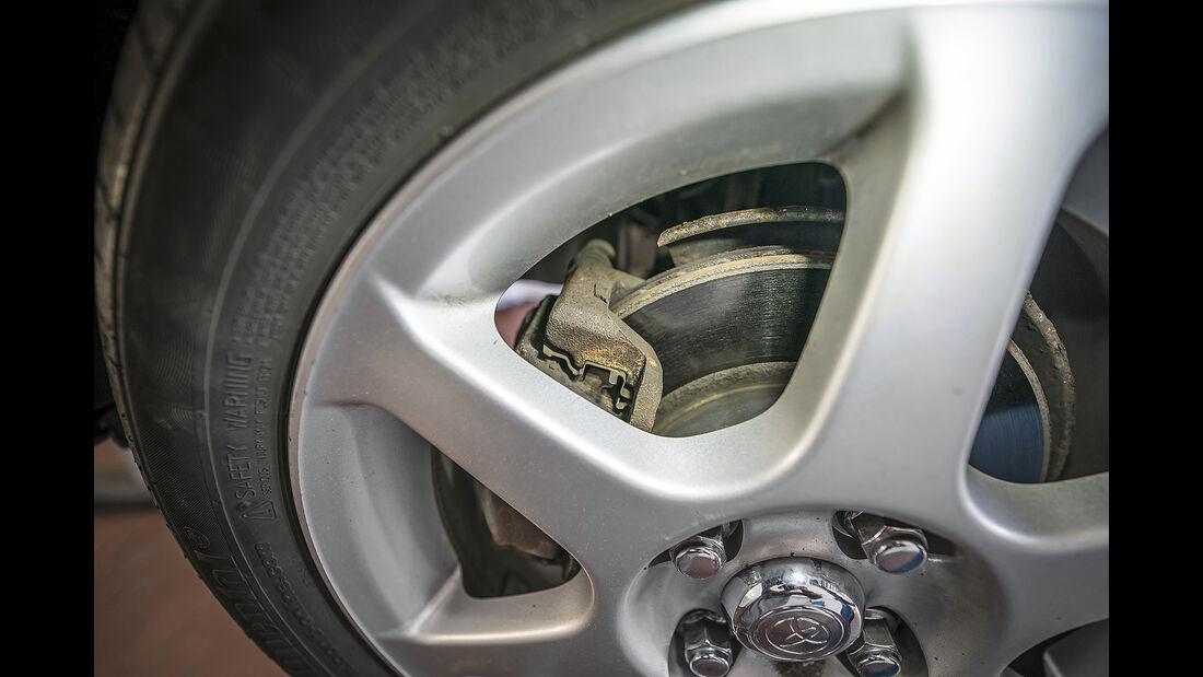 Toyota Yaris I, Felge und Bremse