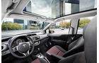 Toyota Yaris, Innenraum, Cockpit, Glasdach
