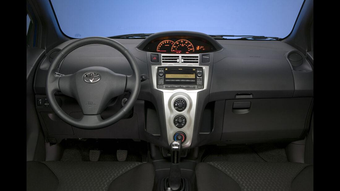 Toyota Yaris, Interieur