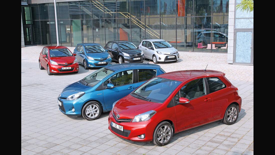Toyota Yaris, mehrere Fahrzeuge
