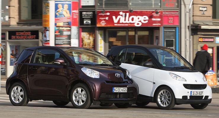 Toyota iQ 1.0 VVT-i, Smart Fortwo Coupé pure