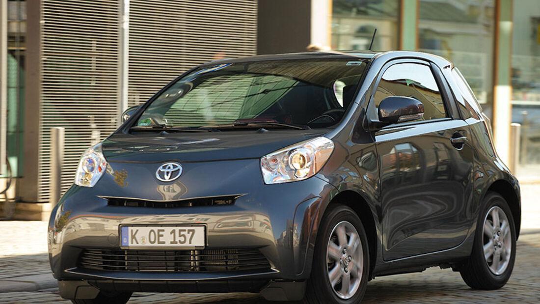 Toyota iQ Front