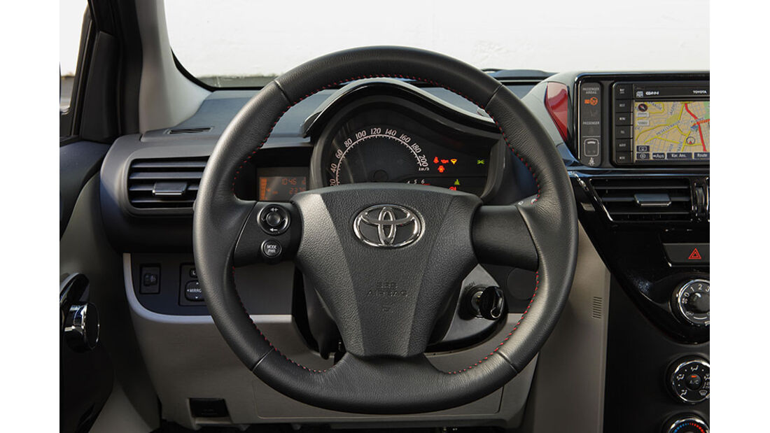 Toyota iQ Lenkrad