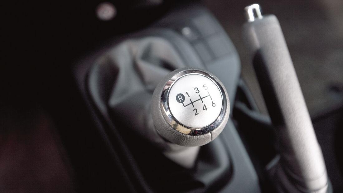 Toyota iQ, Schaltung