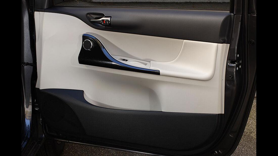 Toyota iQ Türverkleidung