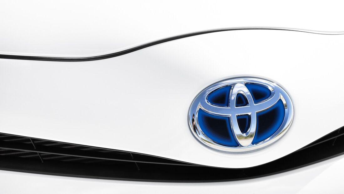 Toyota verteidigte seinen Spitzenplatz vor BMW und Mercedes.
