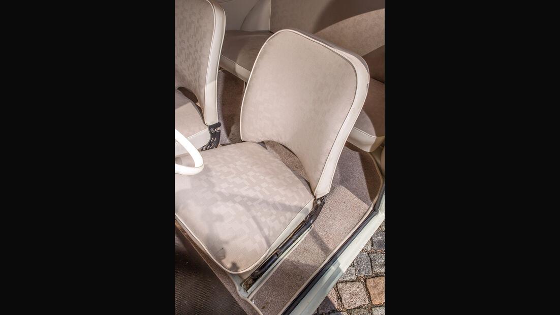 Trabant P, Fahrersitz