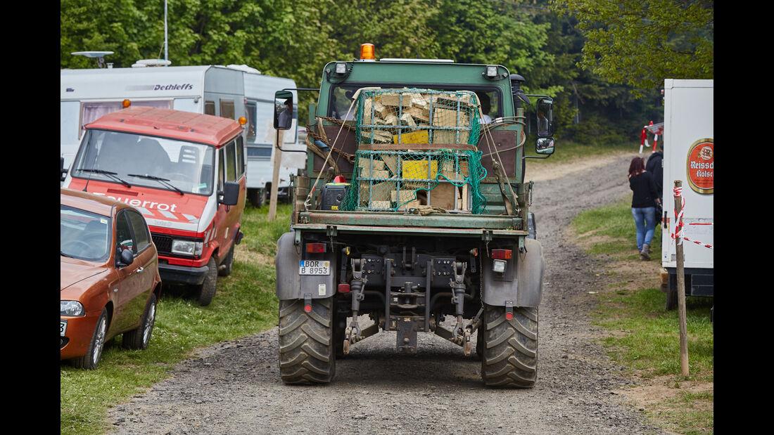 Traktor - Fan-Autos - 24h-Rennen Nürburgring 2015 - 14.5.2015
