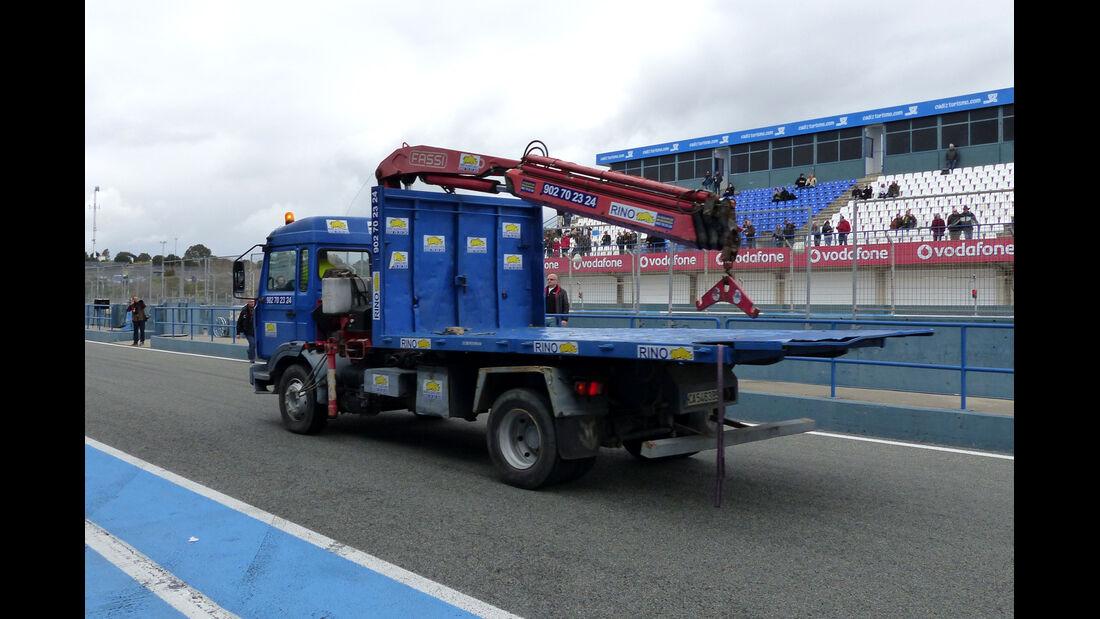 Transporter - Formel 1-Test - Jerez - 2. Februar 2015