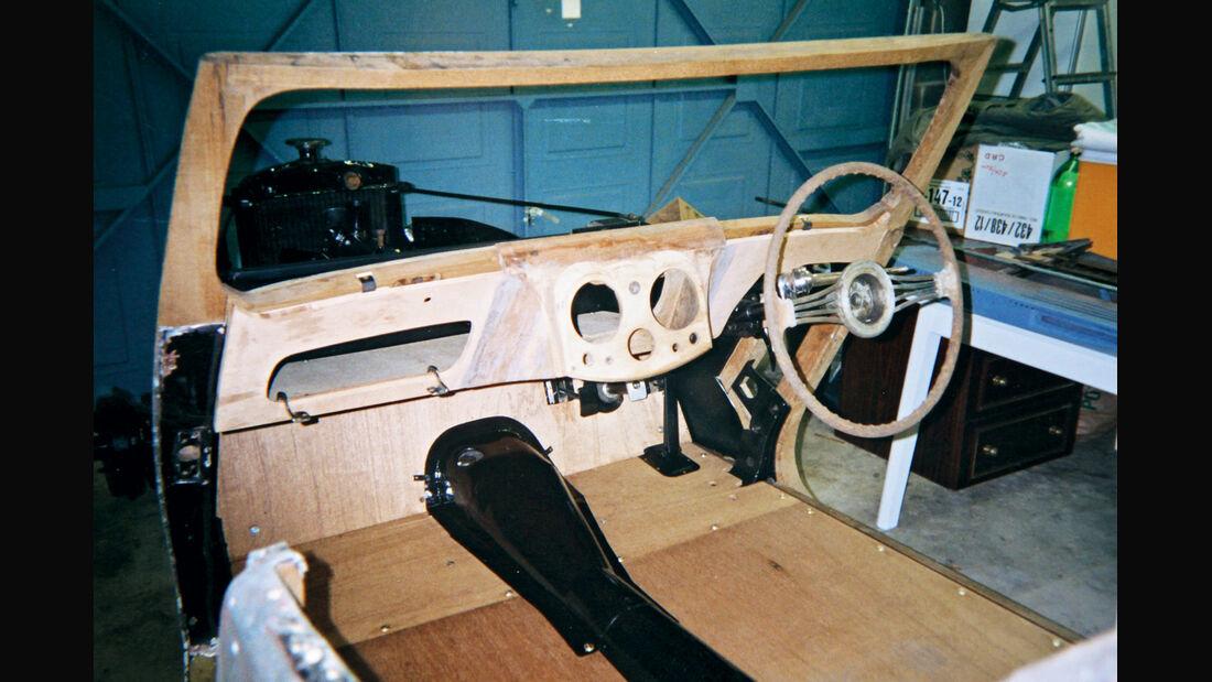Triumph Roadster 2000, Cockpit