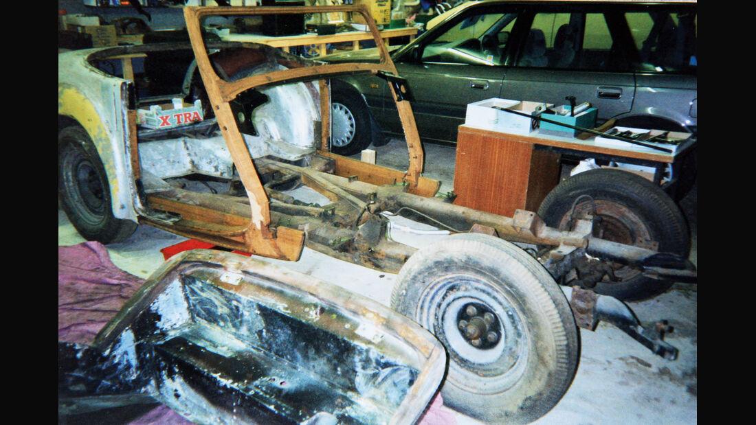 Triumph Roadster 2000, Holzrahmen