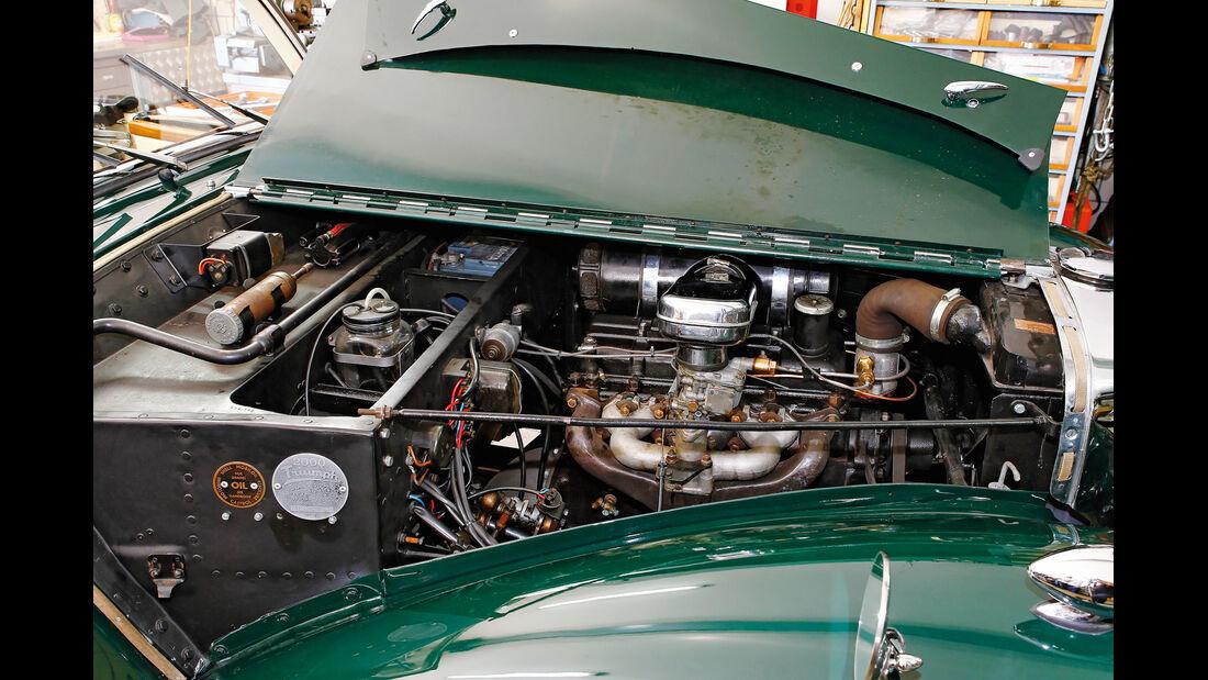 Triumph Roadster 2000, Motor