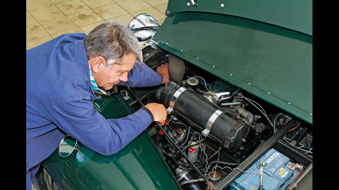 Triumph Roadster 2000, Motor, Georg Ebner