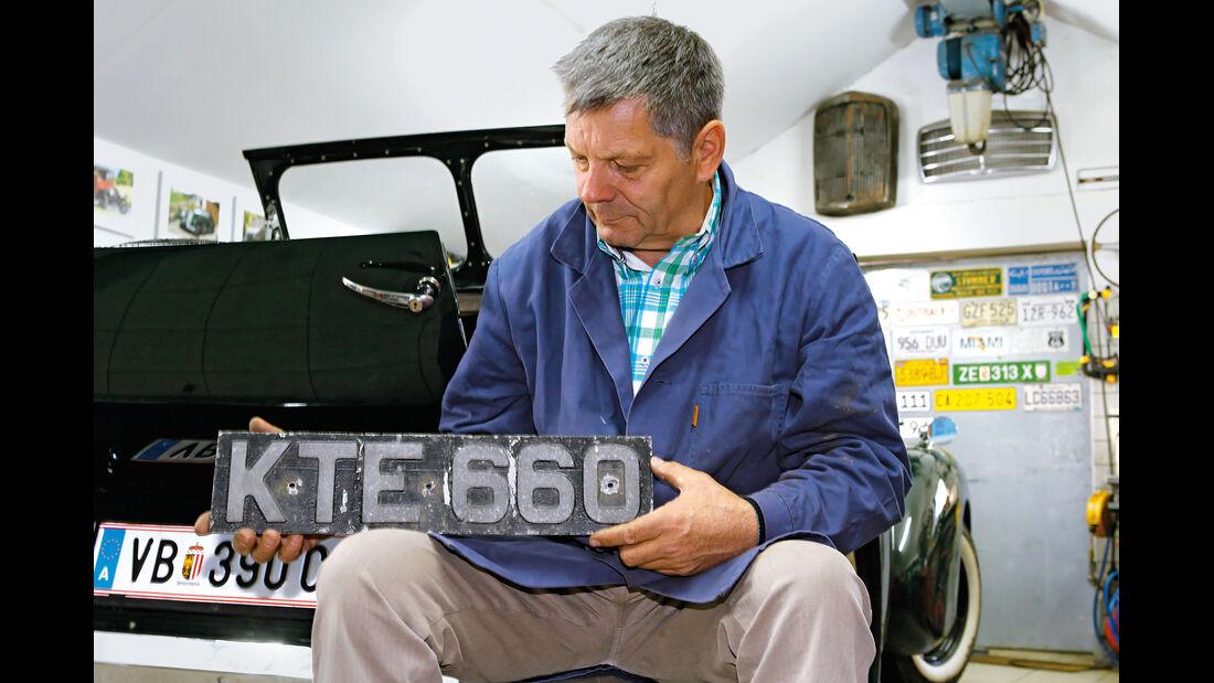 Triumph Roadster 2000, Nummernschild, Georg Ebner