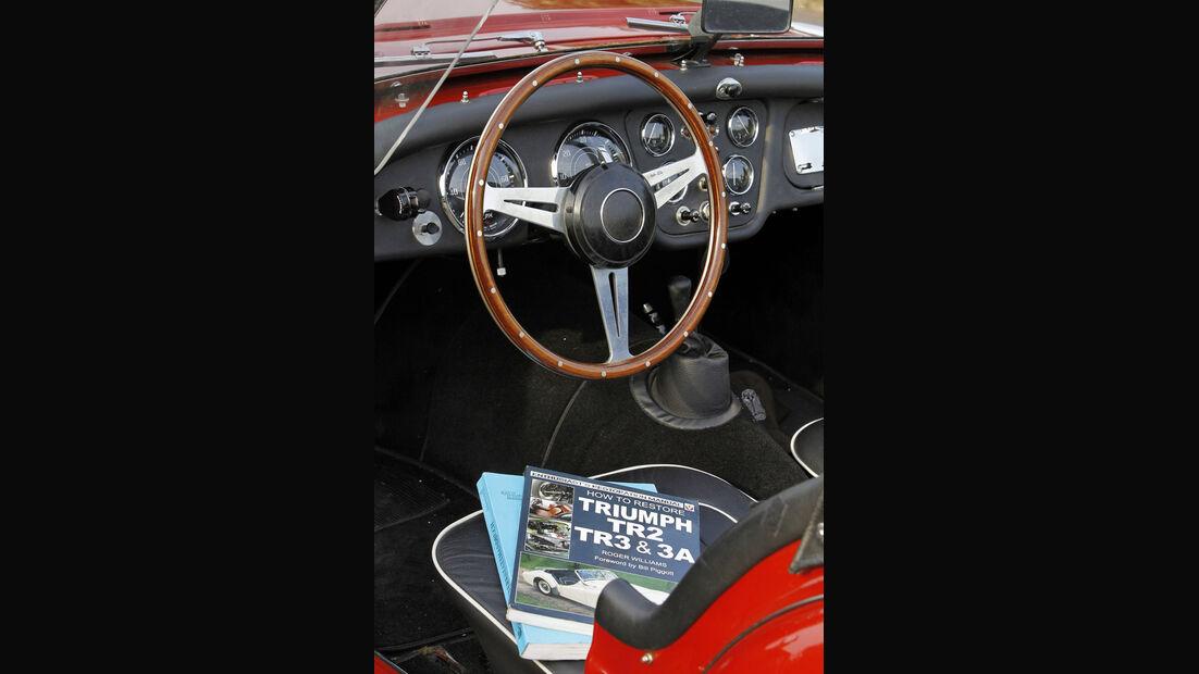 Triumph TR 3, Cockpit, Lenkrad, Fachliteratur, Detail