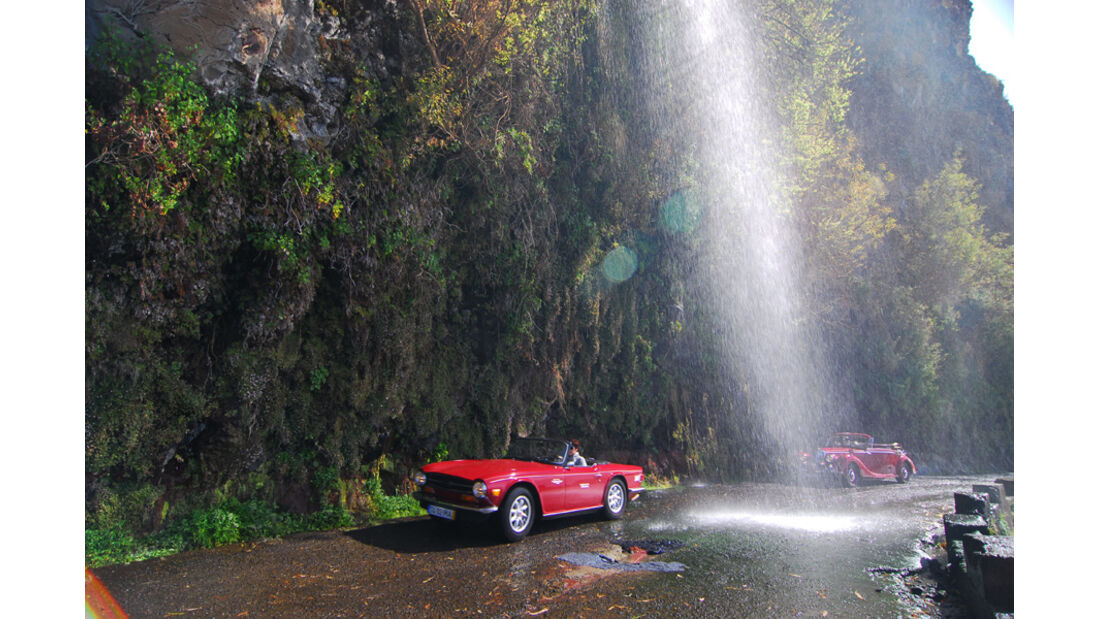Triumph TR 6, Wasserfall