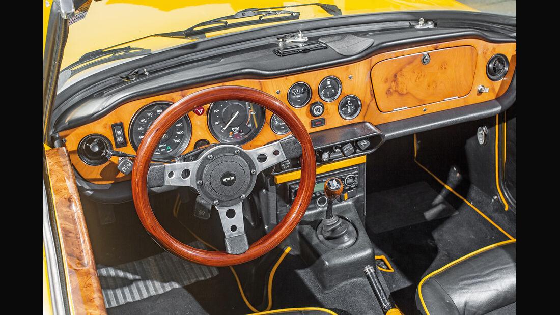Triumph TR6, Cockpit