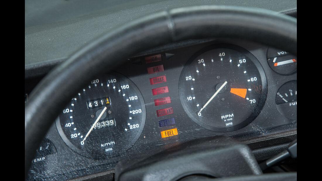 Triumph TR7 Cabrio, Rundinstrumente
