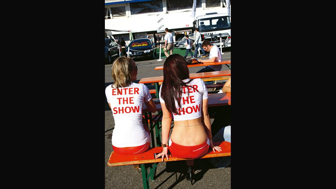 Tuner GP, Zuschauerinnen