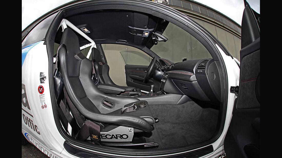 Tuningwerk BMW 1er M RS, Innenraum, Sportsitze