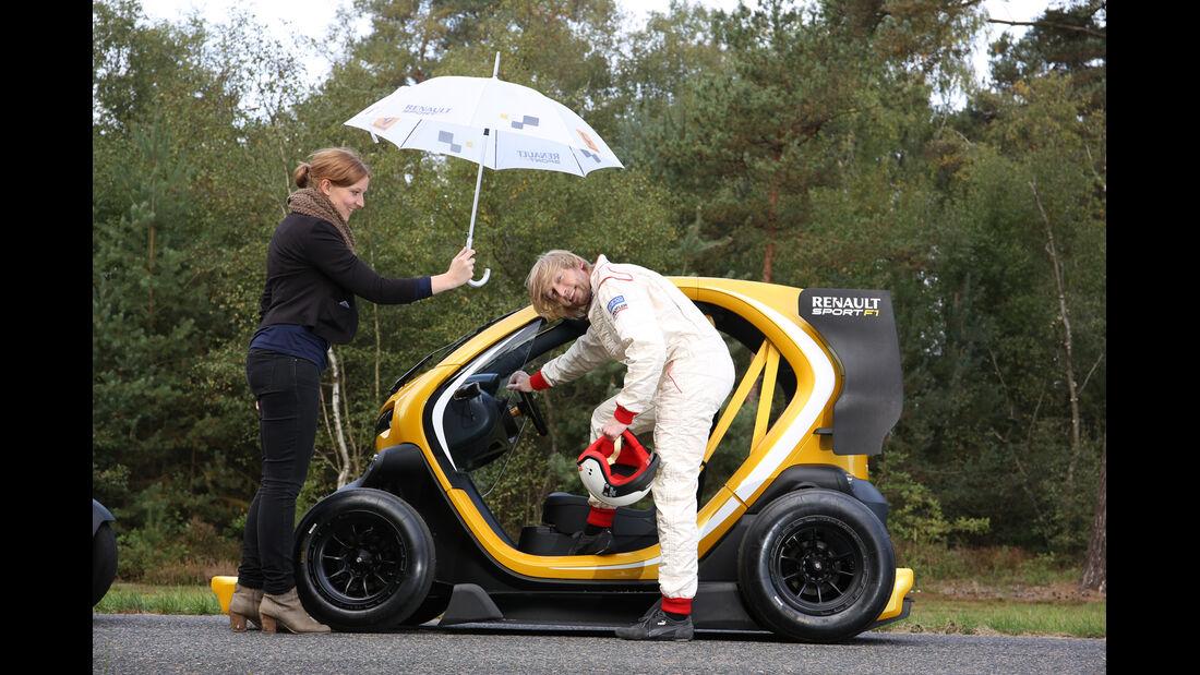 Twizy Renault Sport F1 Concept Car, Einsteigen