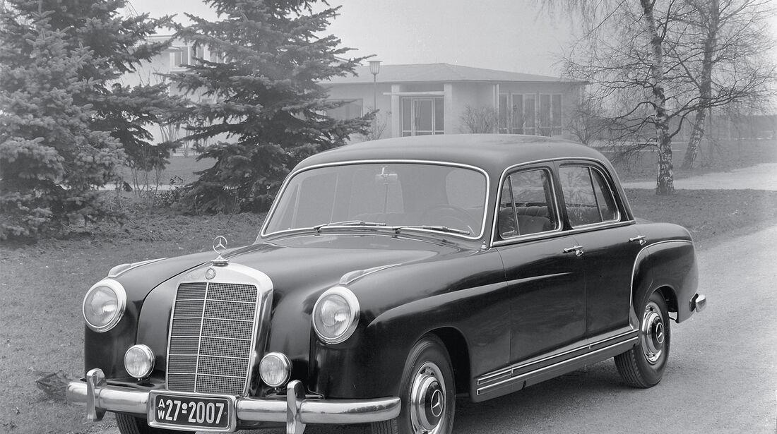 Typ 220a, Mercedes, Frontansicht