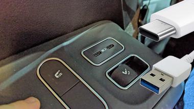 USB Typ C im Auto
