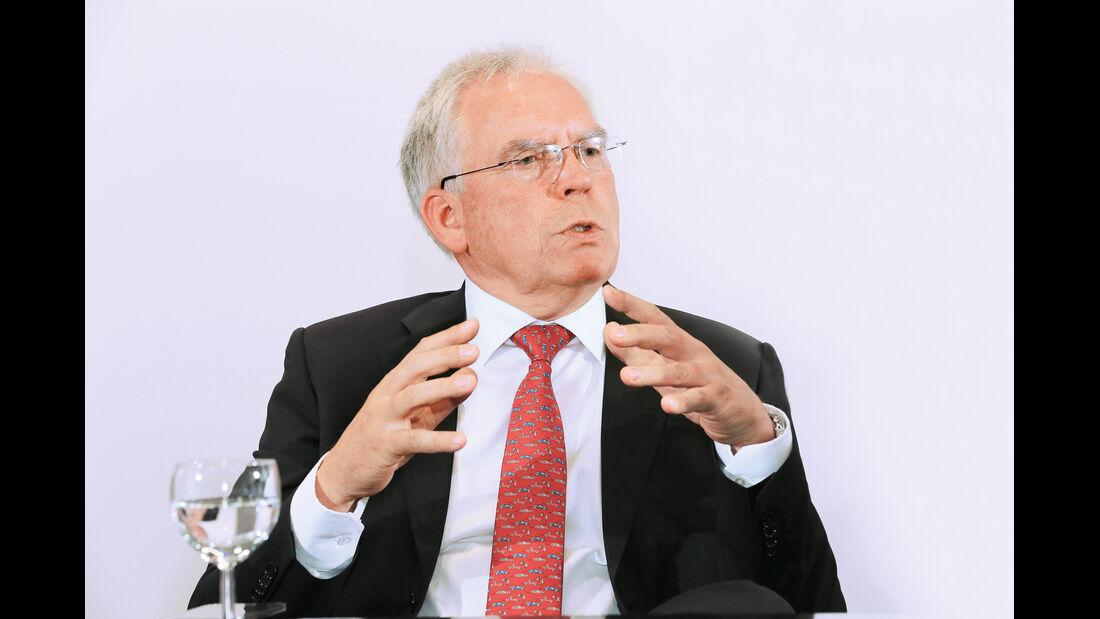 Ulrich Hackenberg,