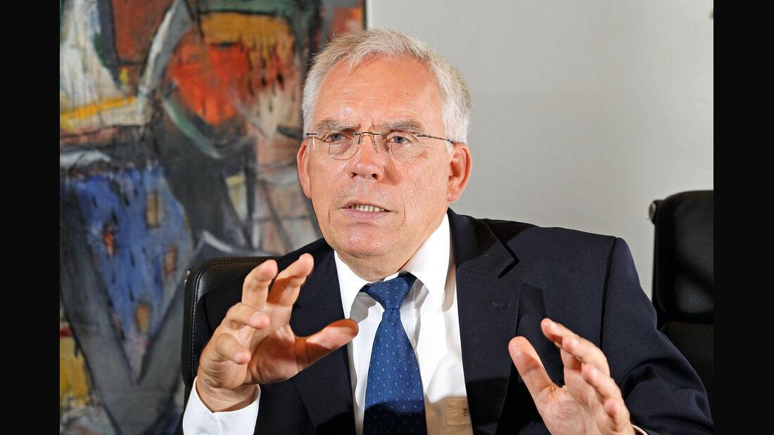 Ulrich Hackenberg, Portrait