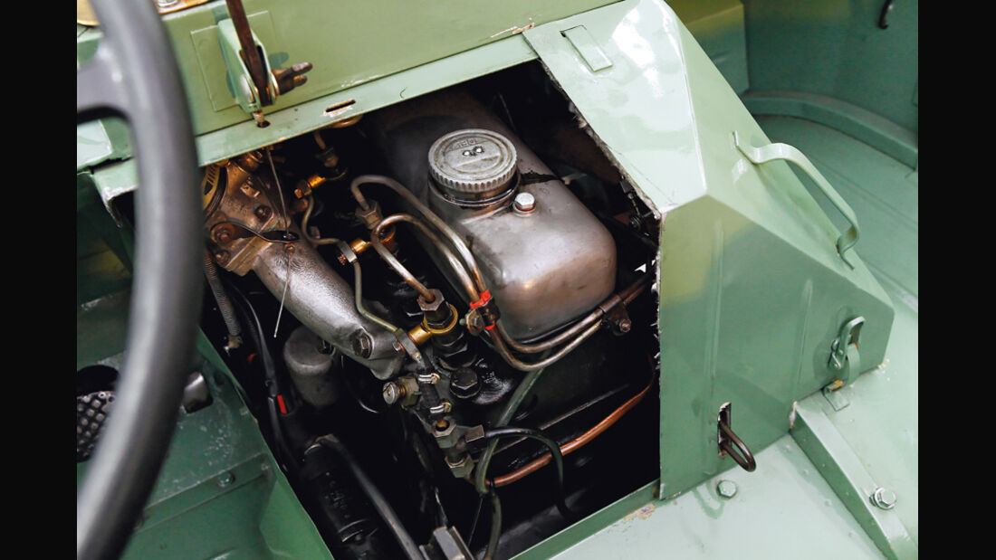 Unimog 401, Motor