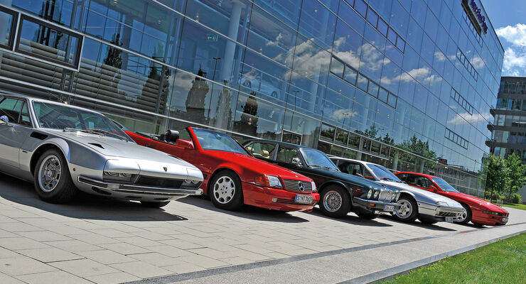 V12, Verscheidene Modelle