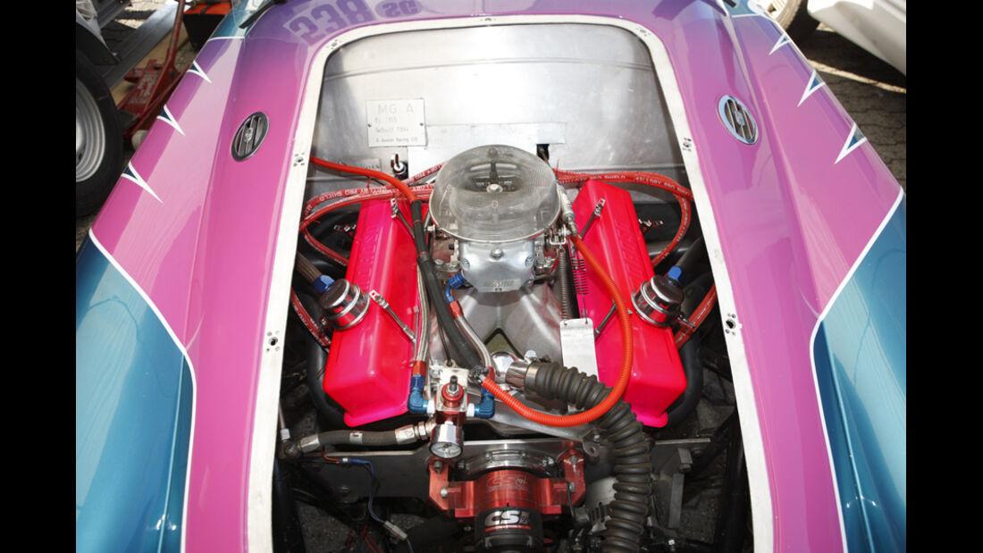 V8-Motor in einem Dragster bei den NitrolympX Hockenheim 2009