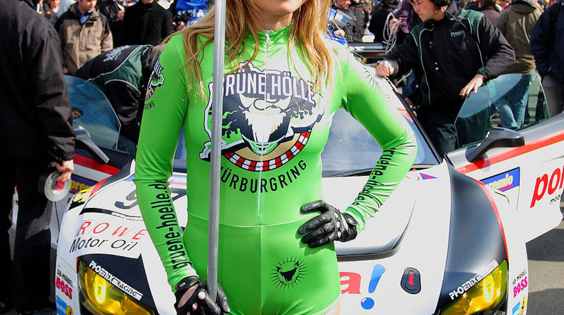 VLN 2.Lauf Langstreckenmeisterschaft Nürburgring 10-04-2010  Grid-Girls