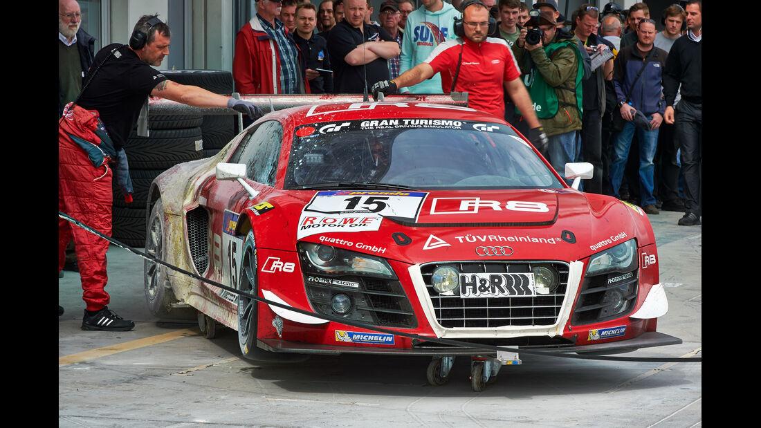VLN, Nürburgring, Audi R8, Phoenix Racing, Tankstopp, Feuer, 26.04.2014