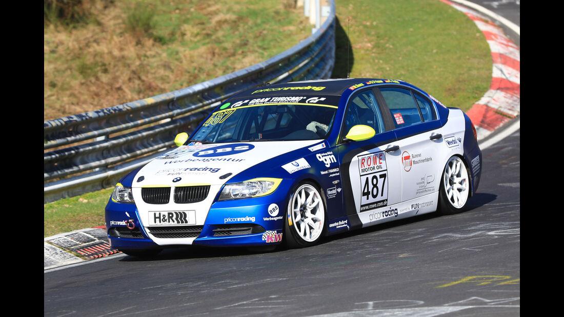 VLN - Nürburgring Nordschleife - Startnummer #487 - BMW 325i - Fun Motorsport GmbH & Co KG - V4