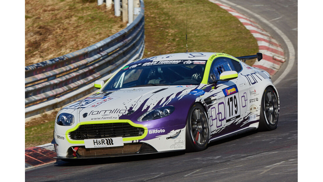VLN2015-Nürburgring-Aston Martin Vantage V8 GT4-Startnummer #179-SP10