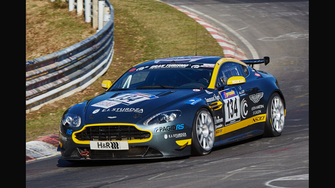 VLN2015-Nürburgring-Aston Martin Vantage V8-Startnummer #134-SP8