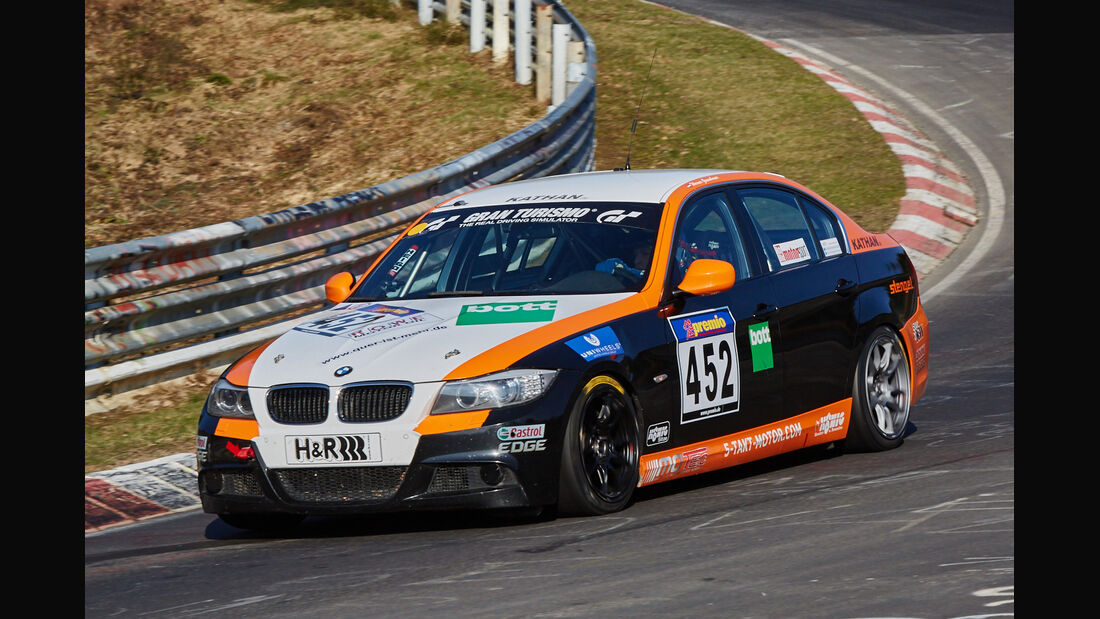 VLN2015-Nürburgring-BMW 330i-Startnummer #452-V5