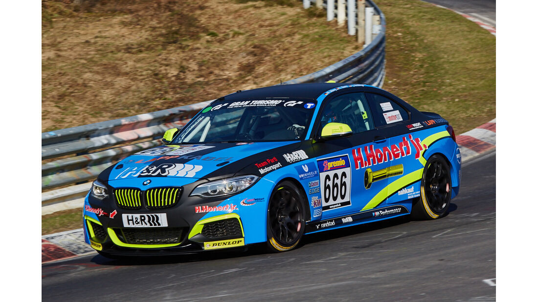 VLN2015-Nürburgring-BMW M235i Racing Cup-Startnummer #666-CUP5