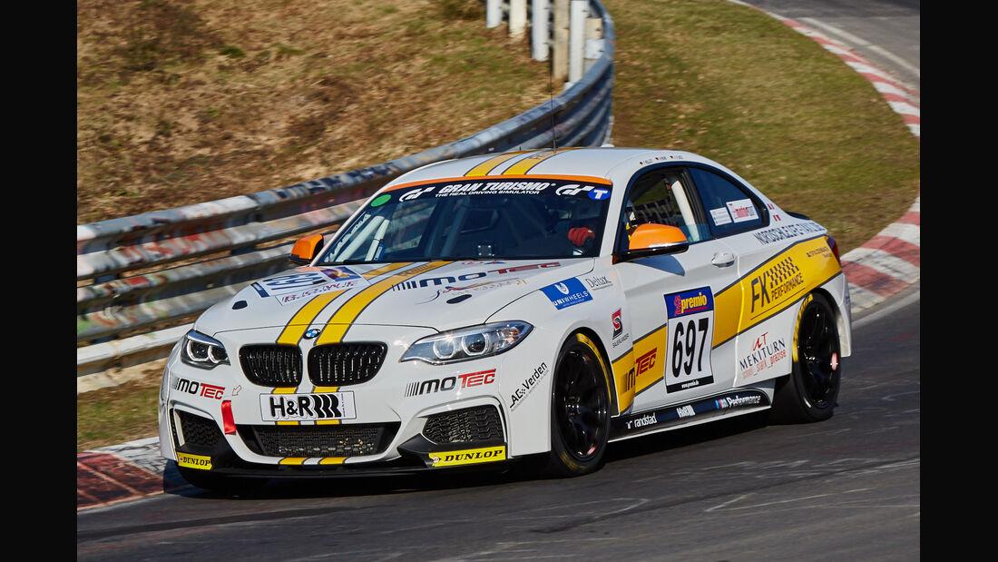 VLN2015-Nürburgring-BMW M235i Racing Cup-Startnummer #697-CUP5