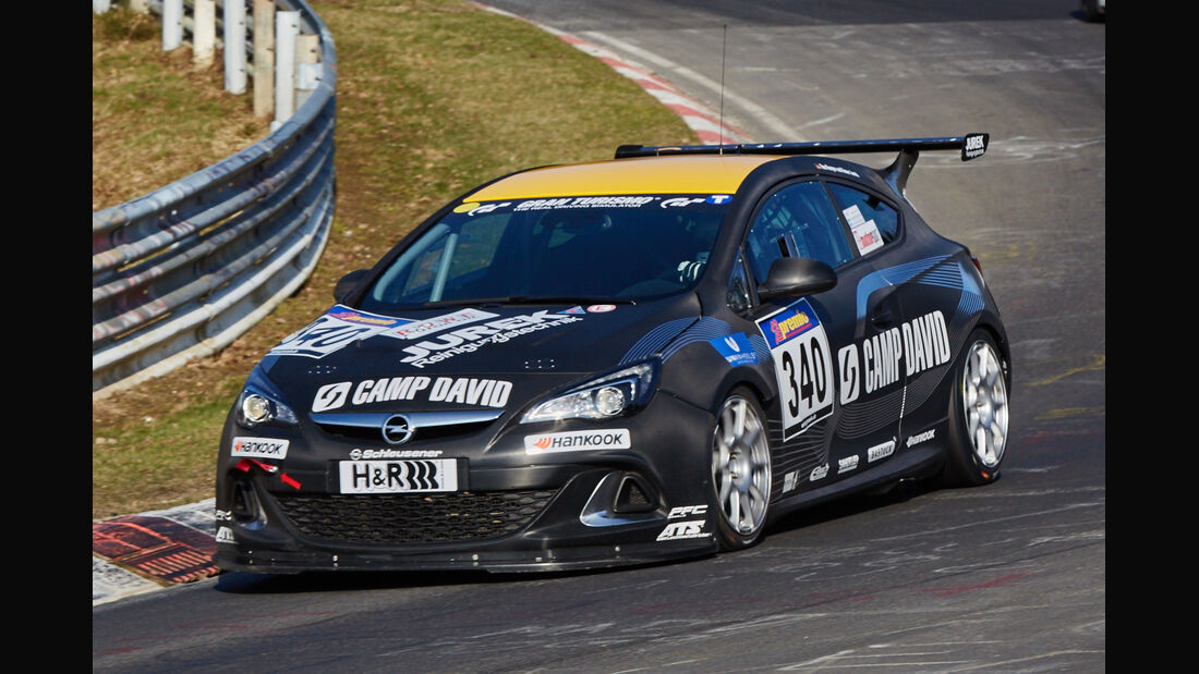 VLN2015-Nürburgring-Opel Astra OPC Cup-Startnummer #340-CUP1