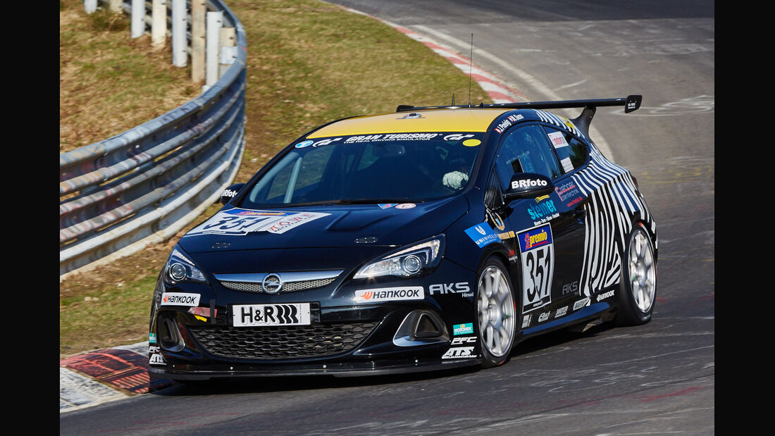 VLN2015-Nürburgring-Opel Astra OPC Cup-Startnummer #351-Cup1