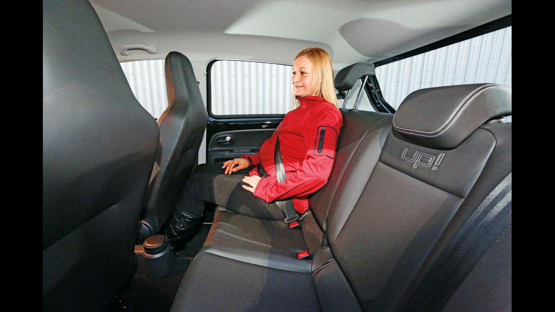 VW 1.0 high up, Fondsitz, Beinfreiheit