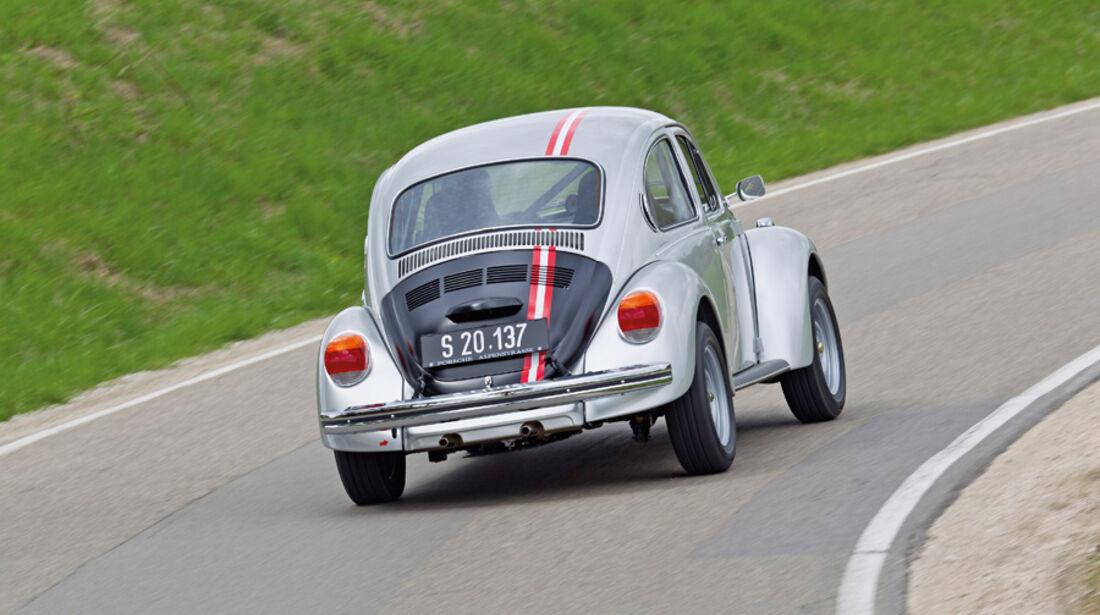 VW 1303 Rallye, Kurvenfahrt, Rückansicht